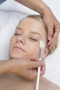 Auch das Gesicht braucht etwas Verwöhnung! Quelle: Wellness in Bad Neuenahr - beauty24 GmbH