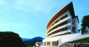 Genießen Sie den herrlichen Ausblick aus dem Panoramahotel
