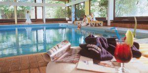 Im Schwimmbad wärmen Sie sich wieder auf und kommen zur Ruher; Quelle: Hotel / Beautyfarm Bad Salzuflen- beauty2 GmbH