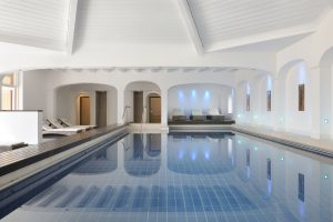 Reinspringen und entspannen; Quelle: Spa Hotel im Berchtesgadener Land; beauty24 GmbH