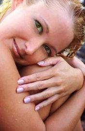 Jugendliche Schönheit verspricht Ihnen die Blattgoldbehandlung; Quelle: beauty24 GmbH