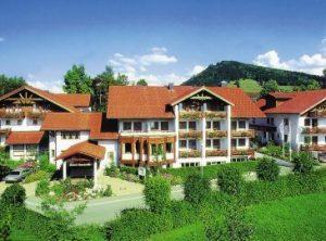 Frontaufnahme vom Wellness & Spa in Oberstaufen (Quelle: Bildhinweis: © beauty24 GmbH)
